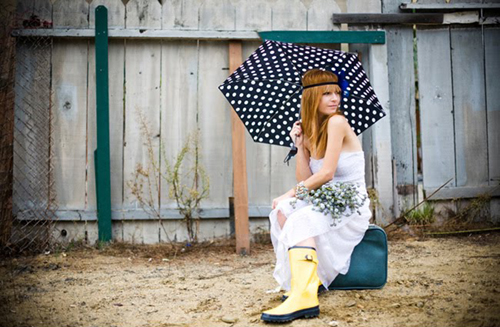 rainy-day-wedding_rain-boots