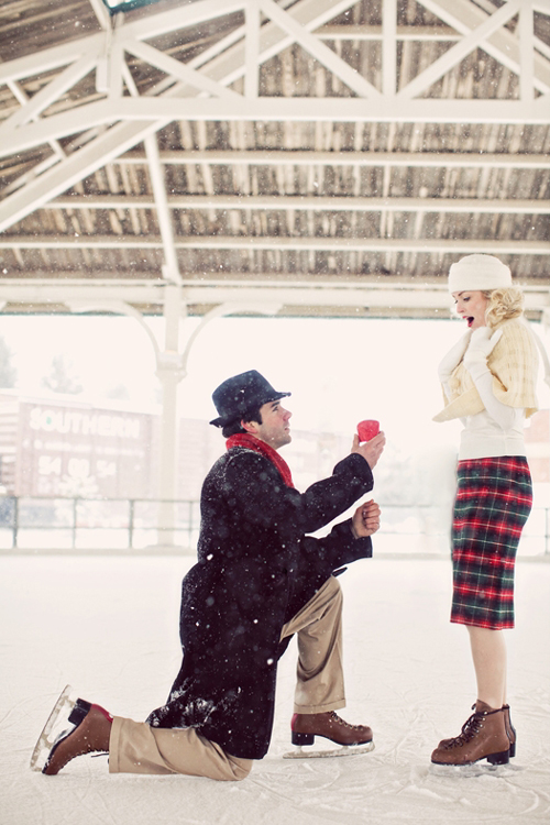 vintage-winter-love-story-proposal-04