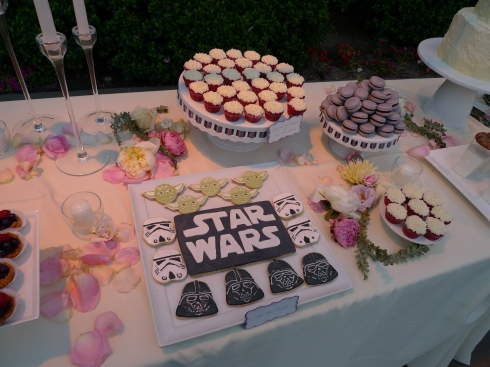 The Force was strong with this full dessert bar and Star Wars cookies.