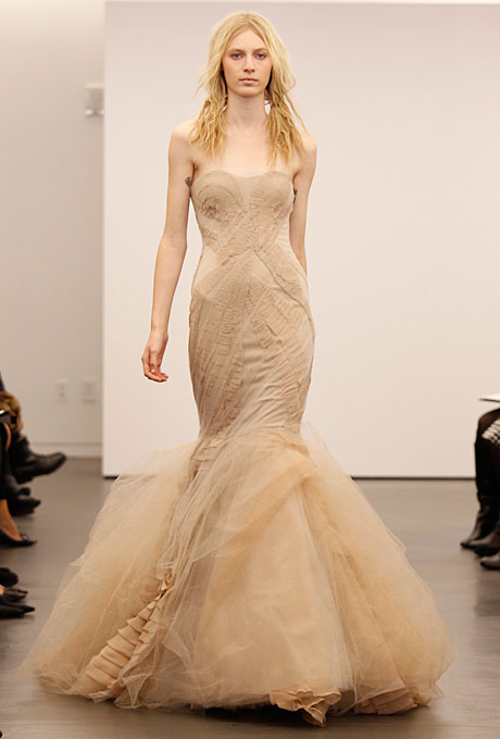 vera-wang-wedding-dresses-fall-2012-06