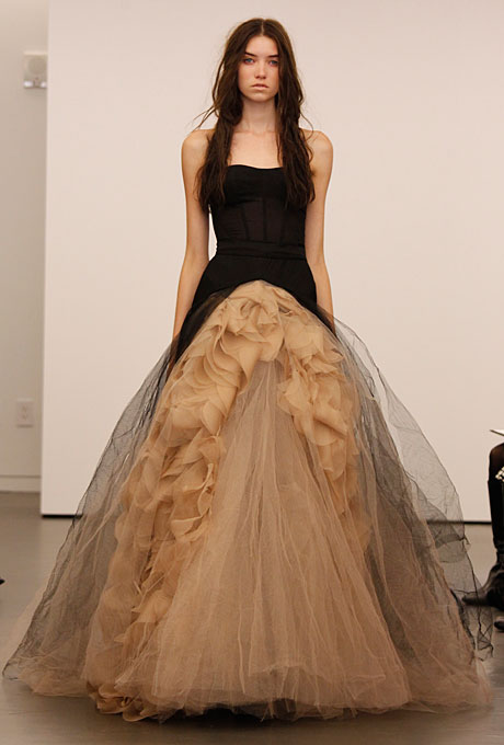 vera-wang-wedding-dresses-fall-2012-07