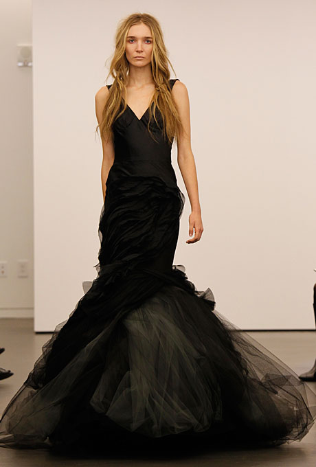 vera-wang-wedding-dresses-fall-2012-12
